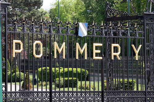 Les grilles de la prestigieuse maison Pommery à Reims - Copyright Quitou