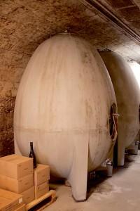 Cuves béton ovoïdes du château de Fosse-Sèche