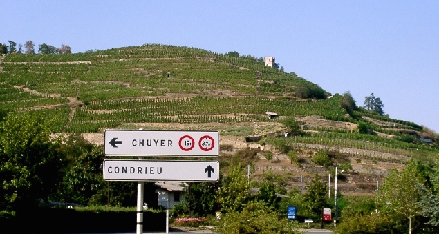 La colline de Condrieu
